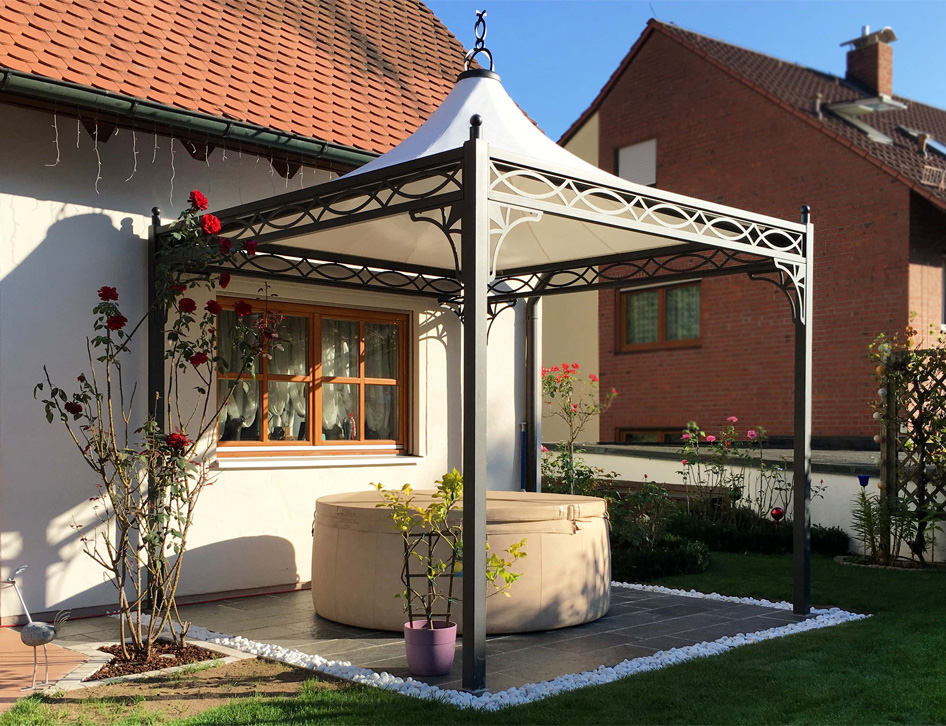 Wetterfester Outdoor-Pavillon.